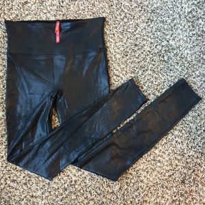SPANX Faux Leather Leggings size Small